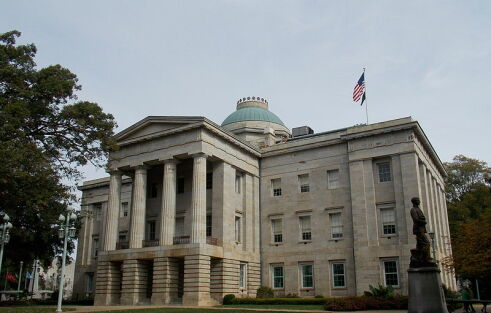 N.C. governor sues Justice Department over bathroom law, urges congress to get involved